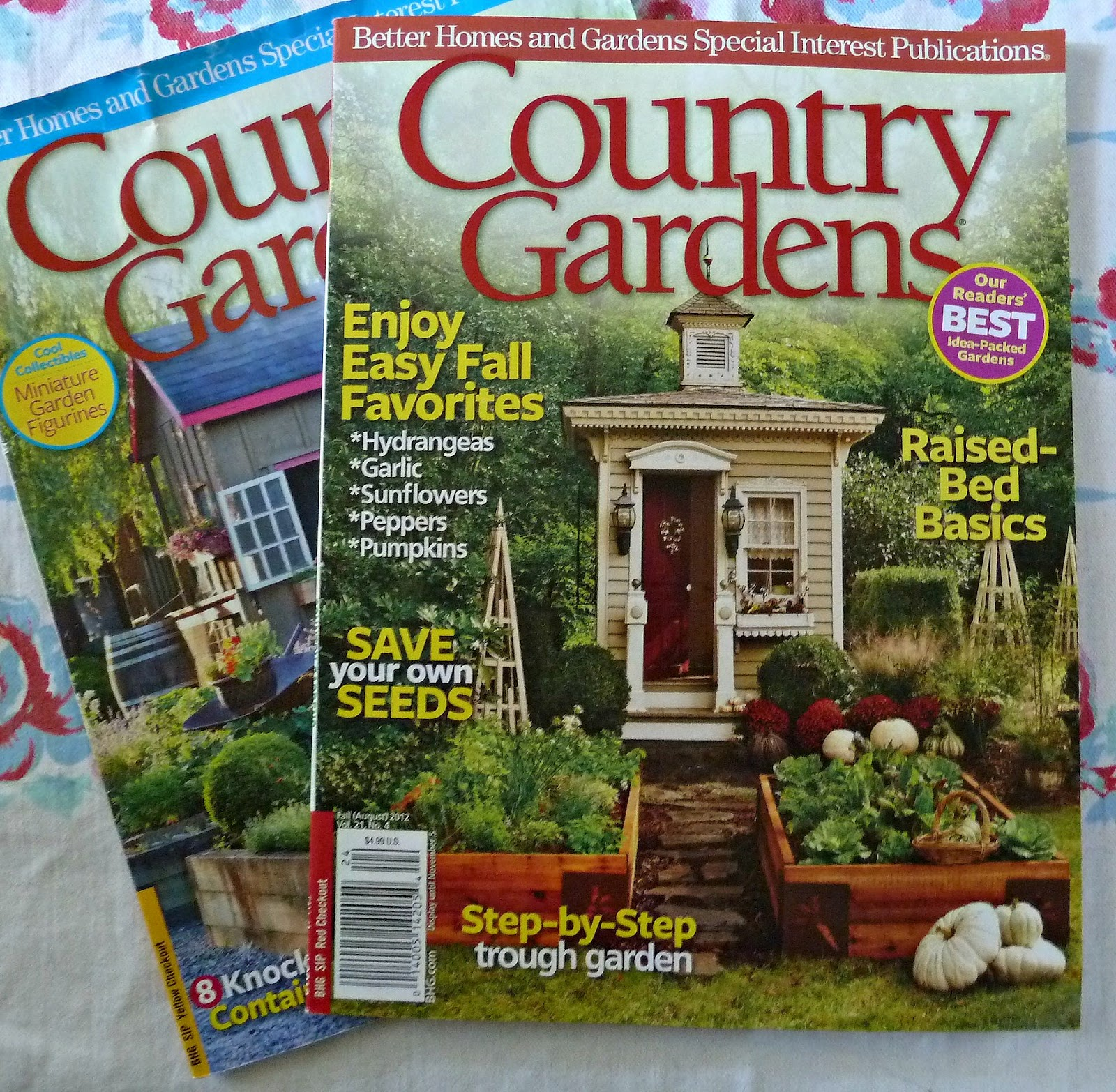 Old Glory Cottage: IN THE GARDEN