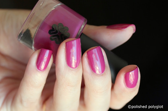 Lily Lolo Nail polish in Temptress