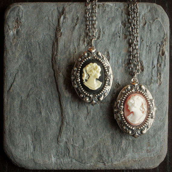 cameo locket