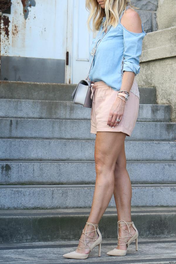 brunch shorts outfit idea
