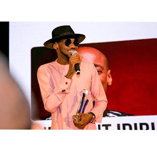 2Baba, Timi Dakolo receive honorary awards At EiE Nigeria's fundraiser