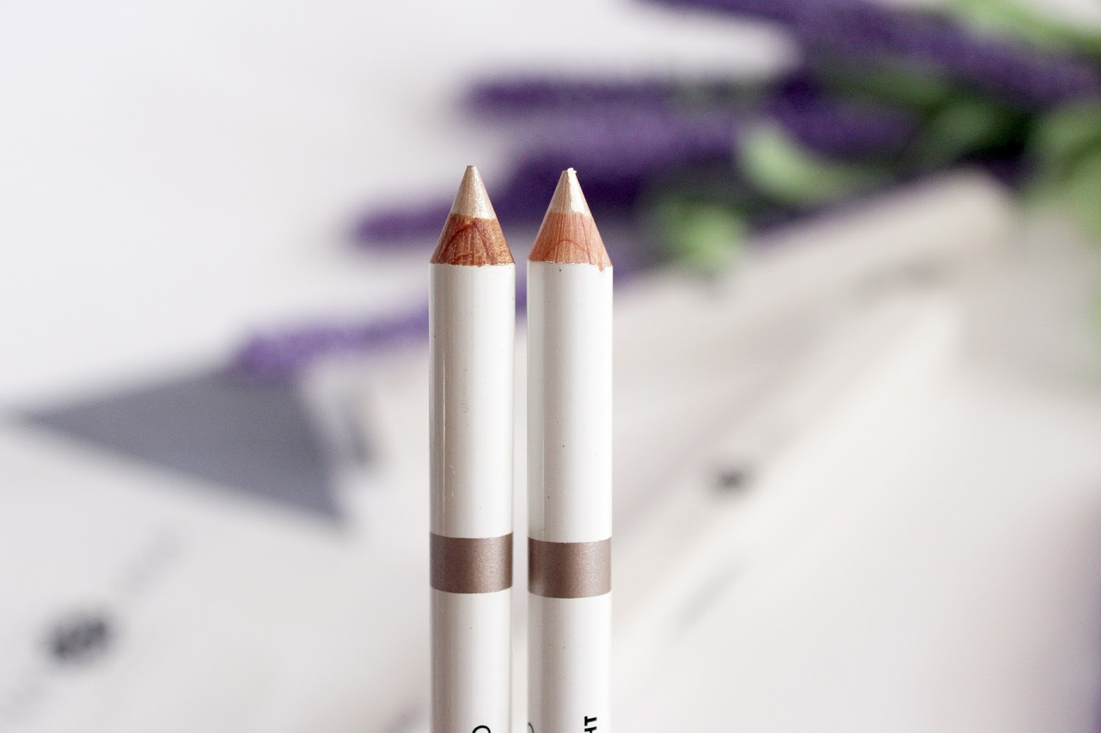 Lily Lolo Duo Pencil Light, Medium