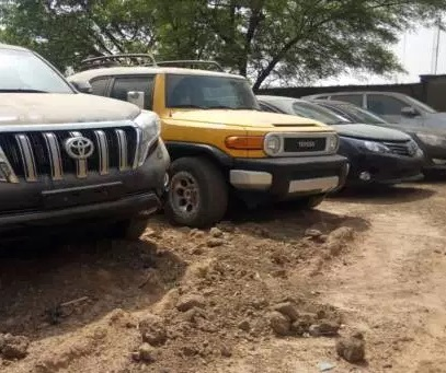 17 Assorted Car Hid In Secret Wharehouse RECOVERED From Ex-Custom Boss, Inde