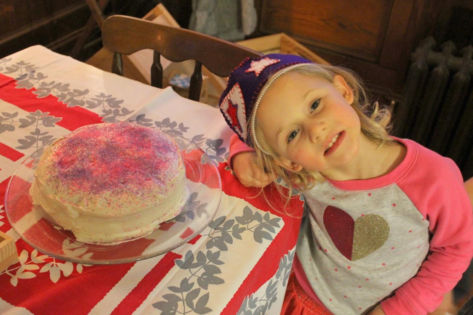 Born Imaginative CAKE