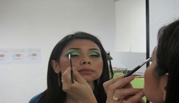 sombra color verde