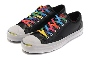 5a2053b4d2df A simple and clear converse chuck taylor black shoes with the rainbow colors  shoelace