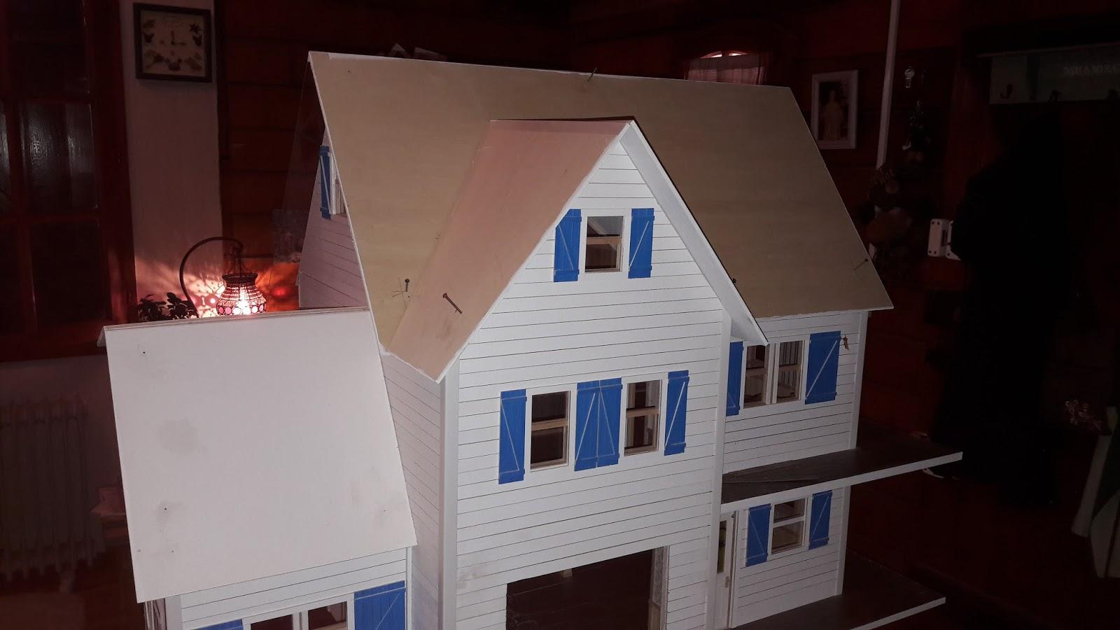 Construction de ma maison de poupee de style nord americain for Construction maison americaine