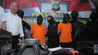 Polisi Tembak Pembakar Pria Hidup-Hidup di Bekasi