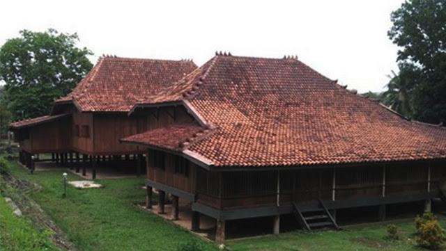 Rumah adat Sumatera Selatan - rumah limas