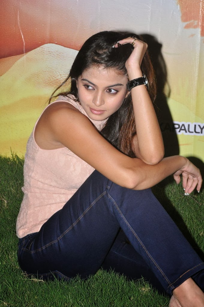 Glamrous Sheena shahbadi photos in jeans movie first look launch