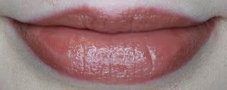 Avon True Colour Supreme Nourishing Lipstick in Smooth Mocha