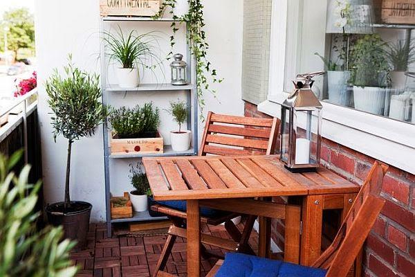 Decora tu balcón para integrarlo en la vivienda