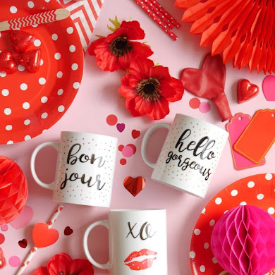 DIY Valentine's Day Easy Calligraphy Mugs