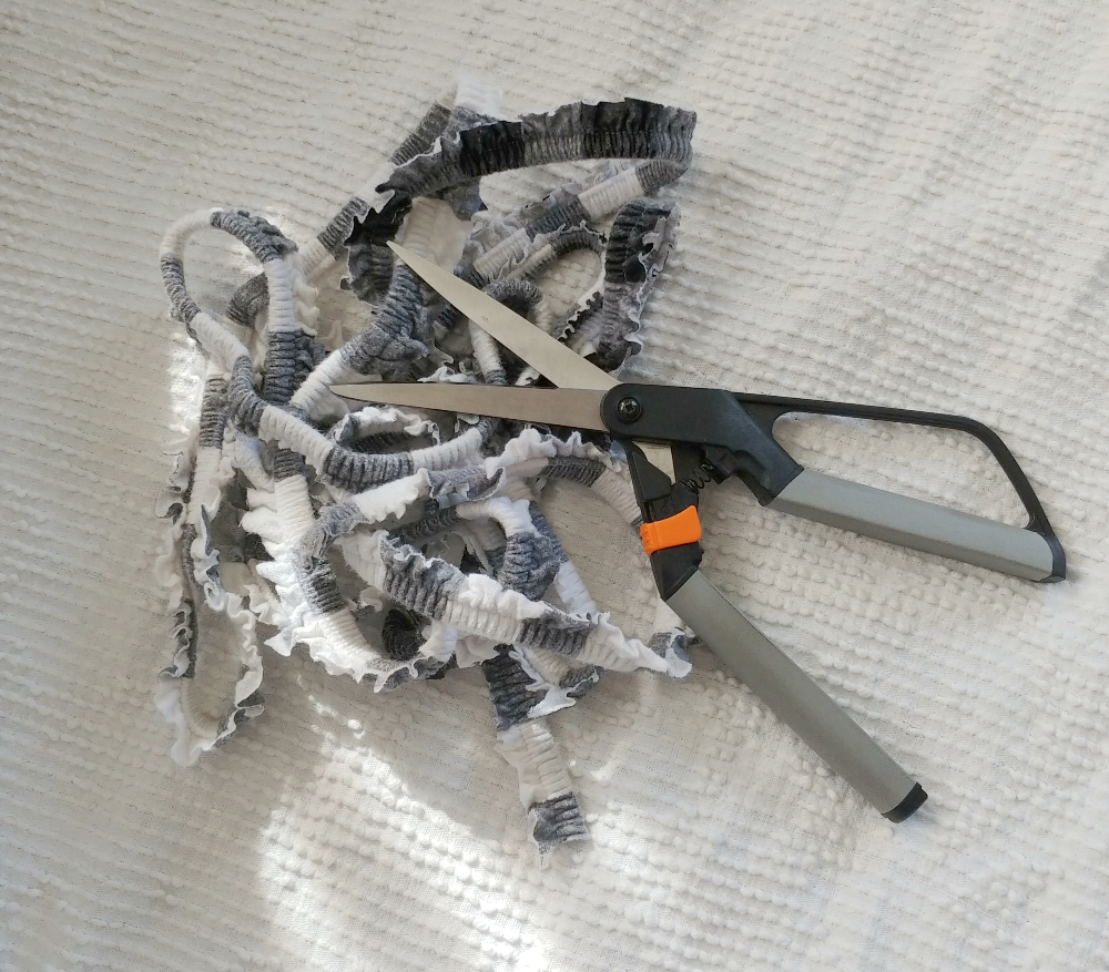 trimmed elastic