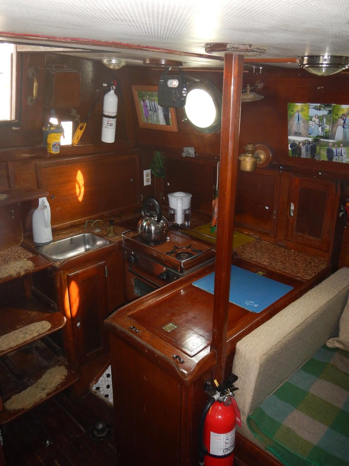 Inside A Cruise Ship Engine Room: Onapua........the Sailing Vessel: The Inside Of My Boat