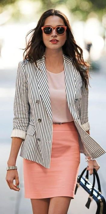 50 Sophisticated Summer Work Outfits for Women in 2018