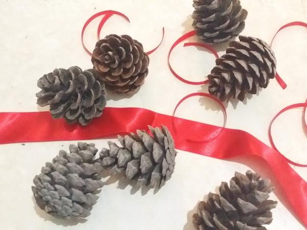 Pinecone Ornaments - DIY Xmas Edition