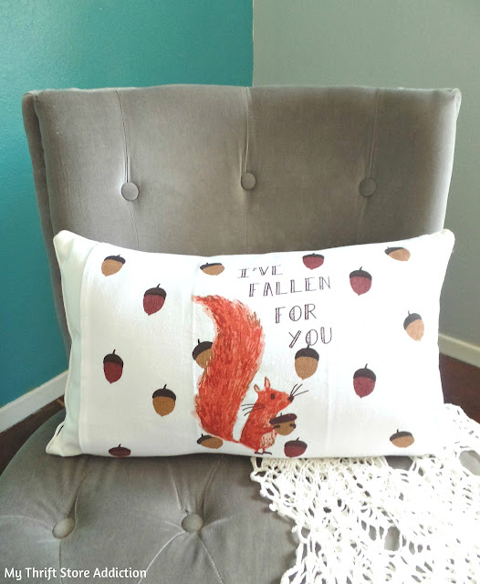 15 minute repurposed dish towel pillow