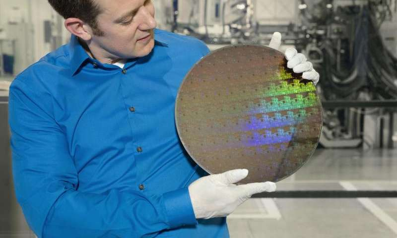 Moore's Law Has Another Life with Development of 5 Nanometer Chip