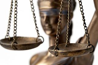 Em ação civil pública, CSB pede a suspensão das demissões na Estácio