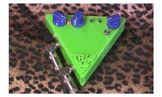 TenTen Devices Triangle Fuzz (Pedal Efek Gitar)