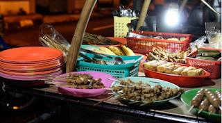 Daftar Warung Angkringan Yogya Yang Paling Hits