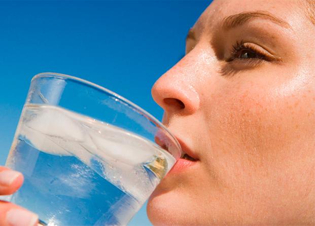 Beber agua es imprescindible