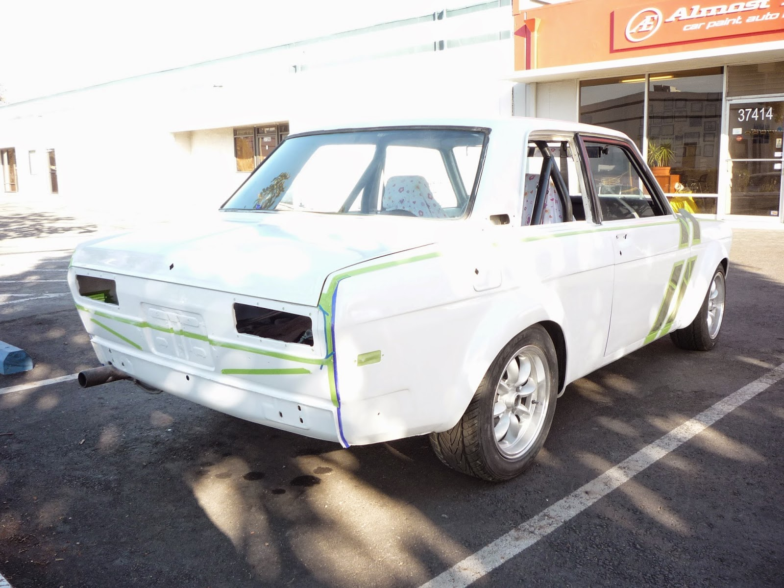 Auto body restoration of a 1971 Datsun 510