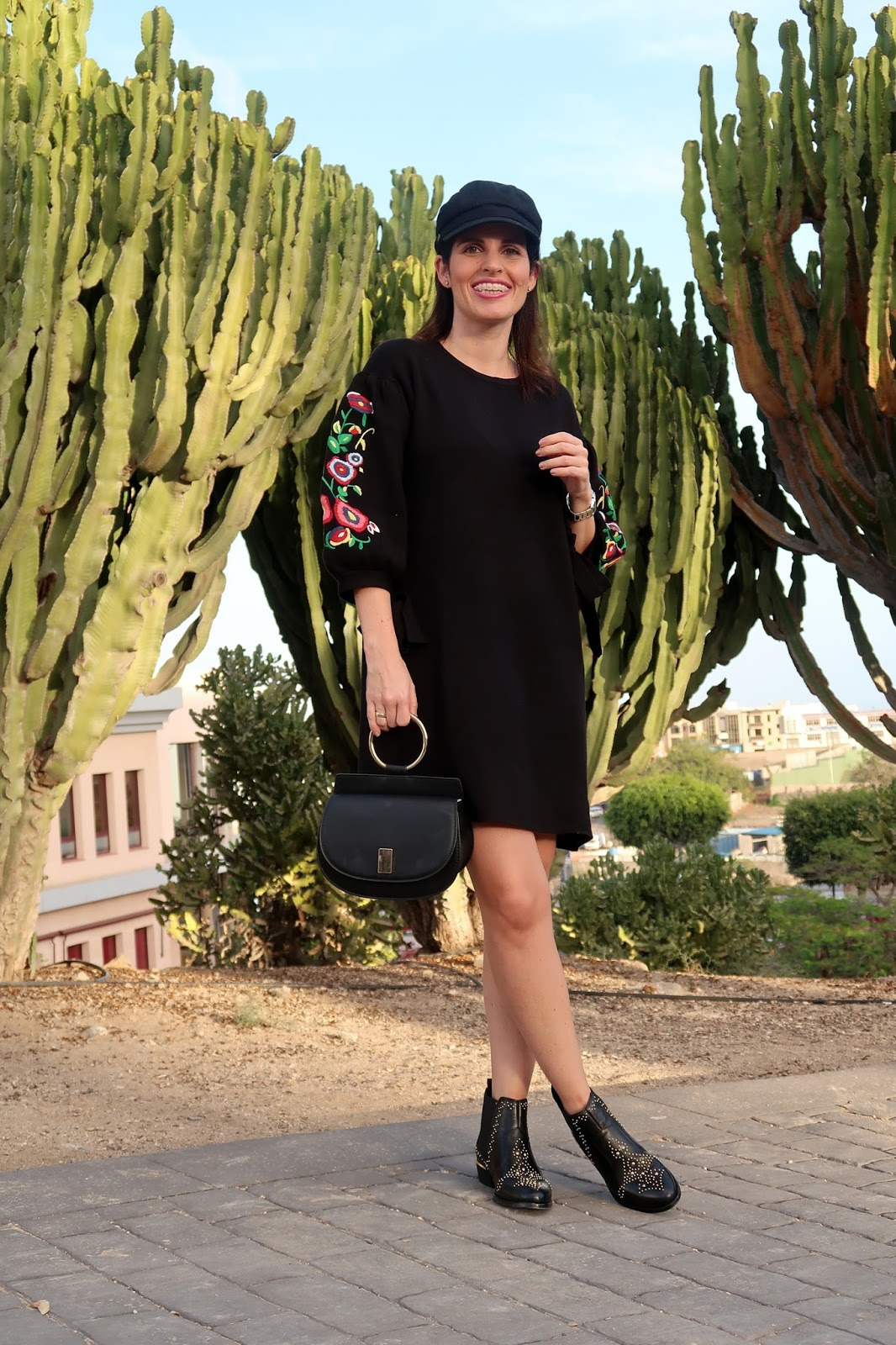 zara-embroidered-dress-streetstyle