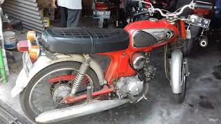 Jual Motor Jadul Honda castrol 1967