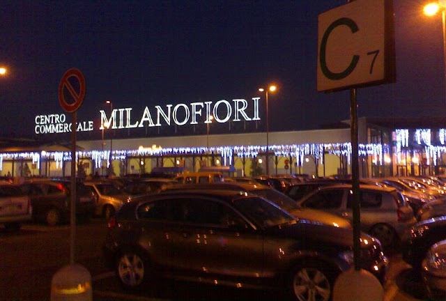 Centro Commerciale Milano em Milão