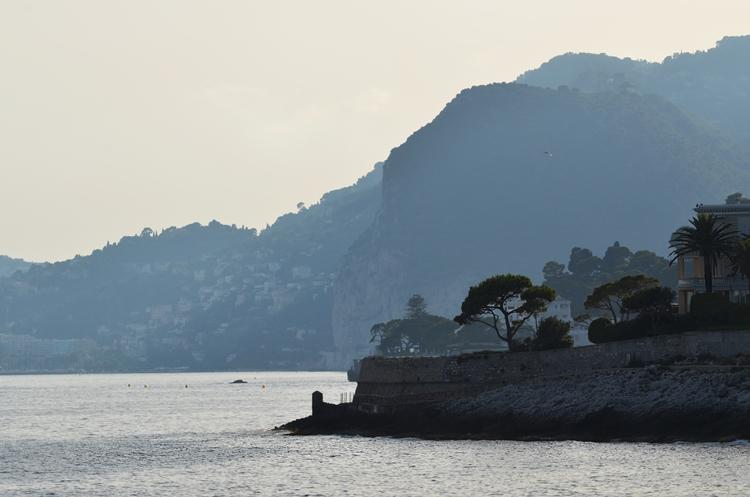 La mer méditerranée vue du chemin des Douaniers