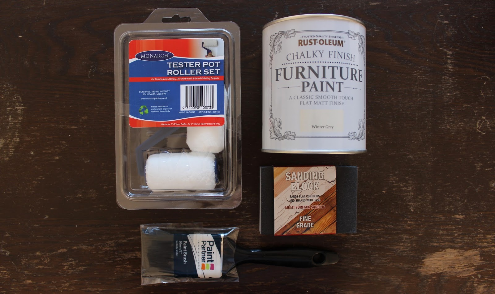 Upcycling a Wooden Cabinet with Rust-Oleum Furniture Paint