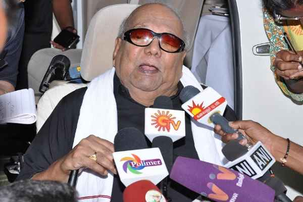 Karunanidhi wonders about Jayalalithaa's portfolio reallocation