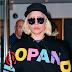 FOTOS HQ: Lady Gaga saliendo de su apartamento en New York - 19/02/16