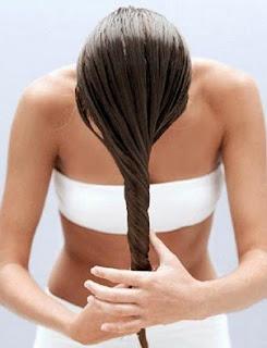 Los medios públicos para el refuerzo de los cabello sobre la cabeza