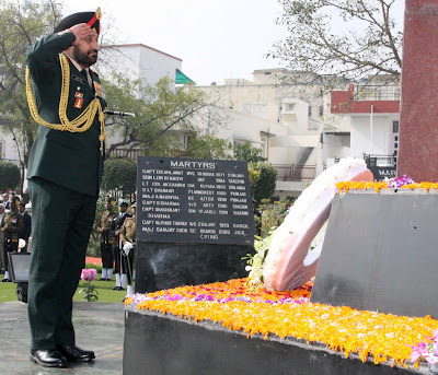 Wreath Laying Ceremony at Shaheed Smarak, Noida