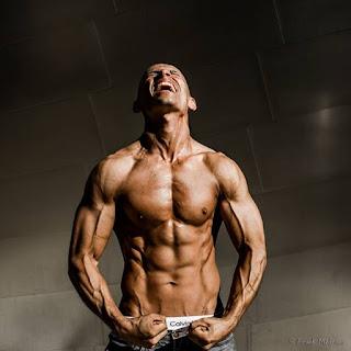 vücut ağırlığı ile kas geliştirme