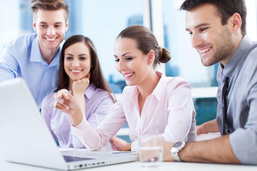 Memanfaatkan Waktu yang Tepat untuk Berkenalan dan Menjalin Keakraban dengan Teman atau Team