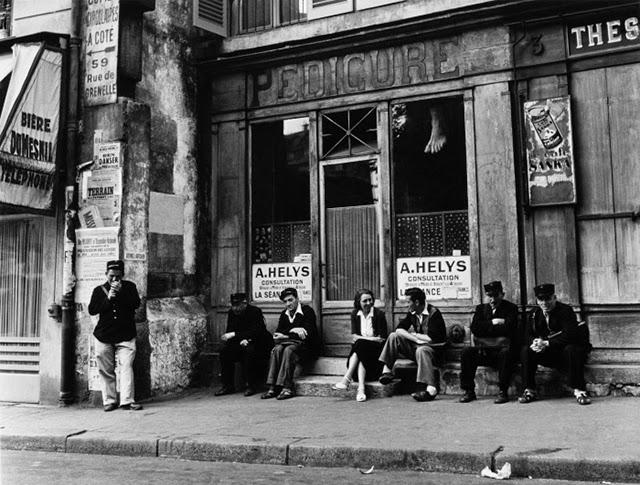 30 Amazing Black And White Photos Of Paris Taken By Robert