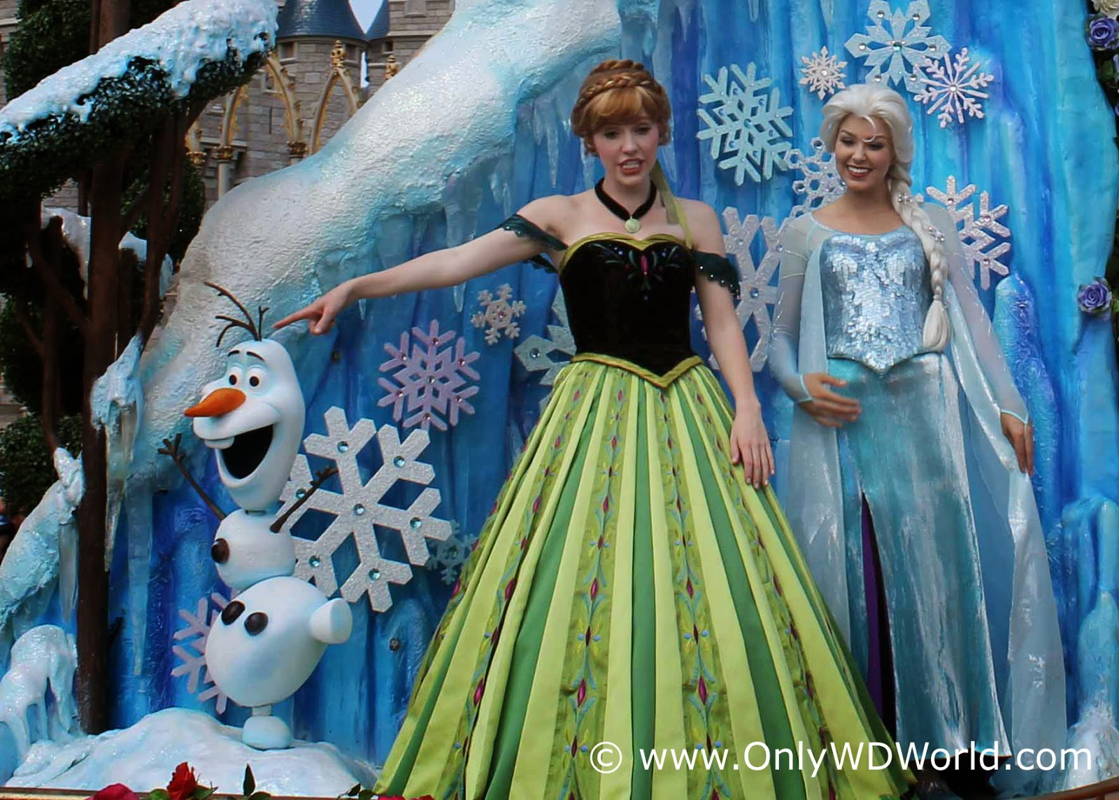 Frozen Takes Over Disney S Hollywood Studios This Summer