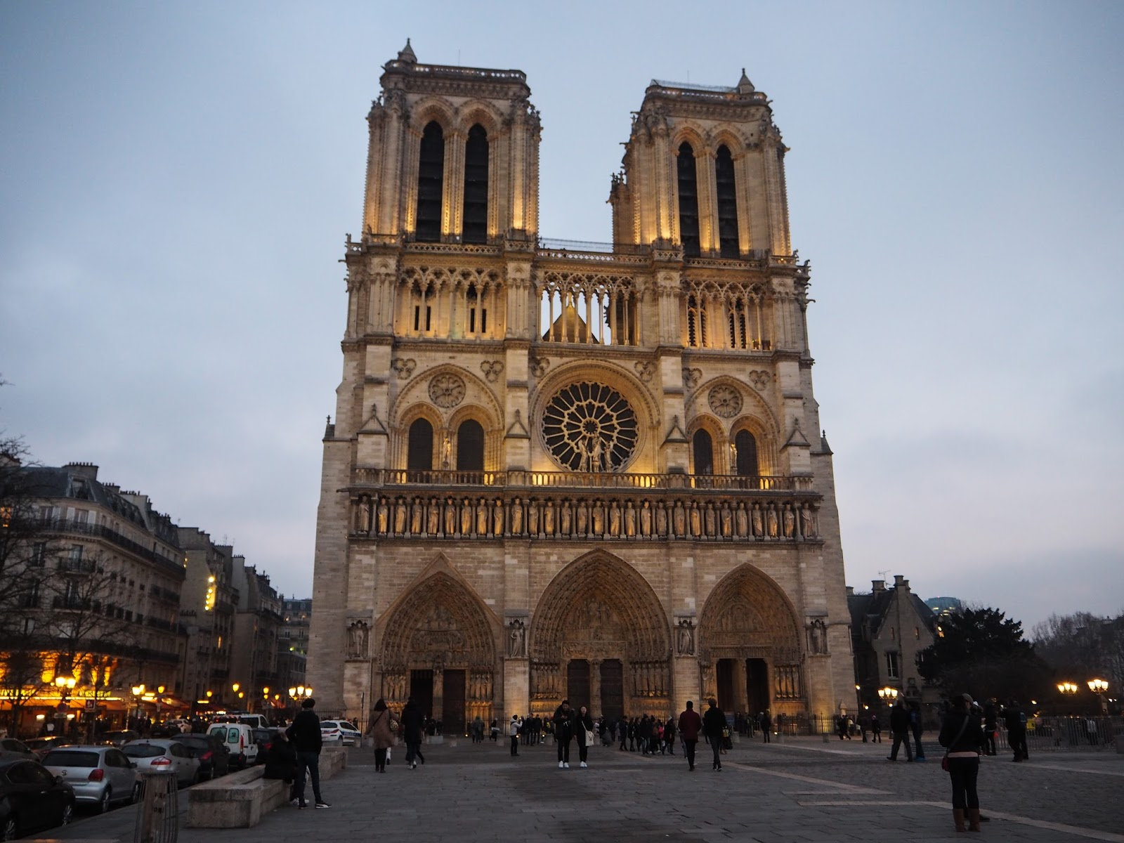 Paris City Guide - What to See - Notre Dame