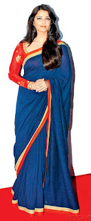Aishwarya Rai In Blue Saree 5