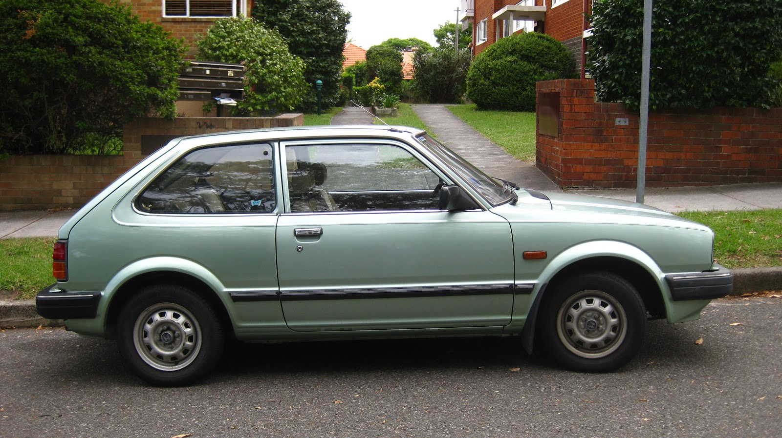 aussie old parked cars 1982 honda civic 3 door. Black Bedroom Furniture Sets. Home Design Ideas