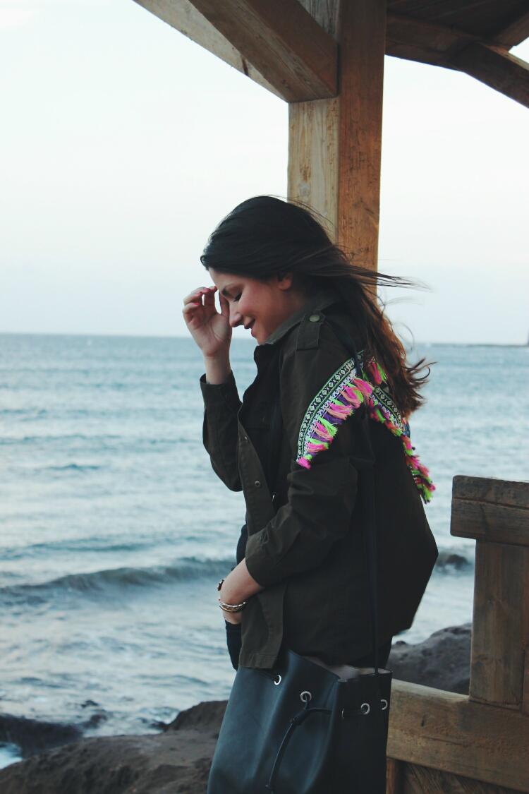 chaqueta-militar-bordada-outfit-blog-de-moda-leon-littleblackcoconut