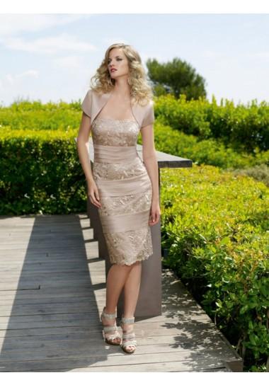 http://www.victoriasdress.fr/belle-robe-de-soiree-pour-mariage-dentelle-a-ligne-satin-elastique-fn145.html