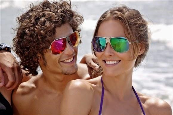 ee4f6fc06 A moda dos Óculos espelhados | Leitora Fashion