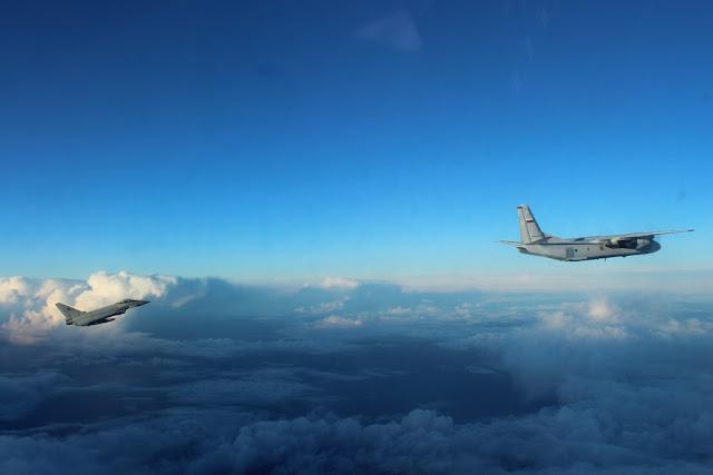 Eurofighter italiani intercettano velivolo russo Baltico