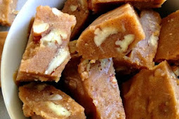 Vanilla Maple Nut Fudge {Paleo & Vegan}