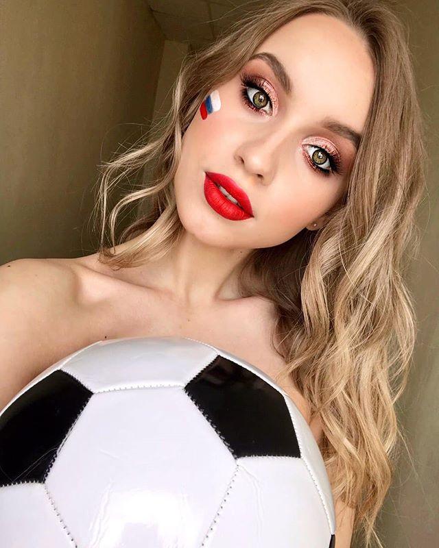 Beautiful Russian Girl Anna from Sochi, Russia